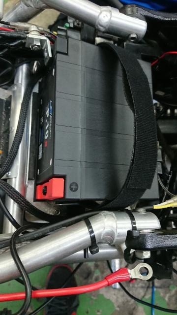 隼 24V バッテリーから12V